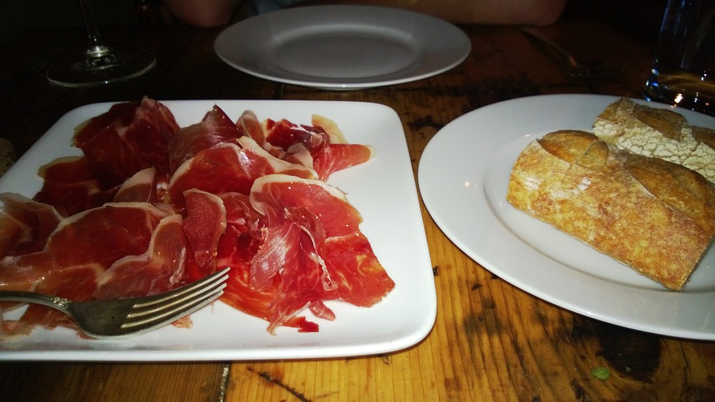 Jamon Serano and bread
