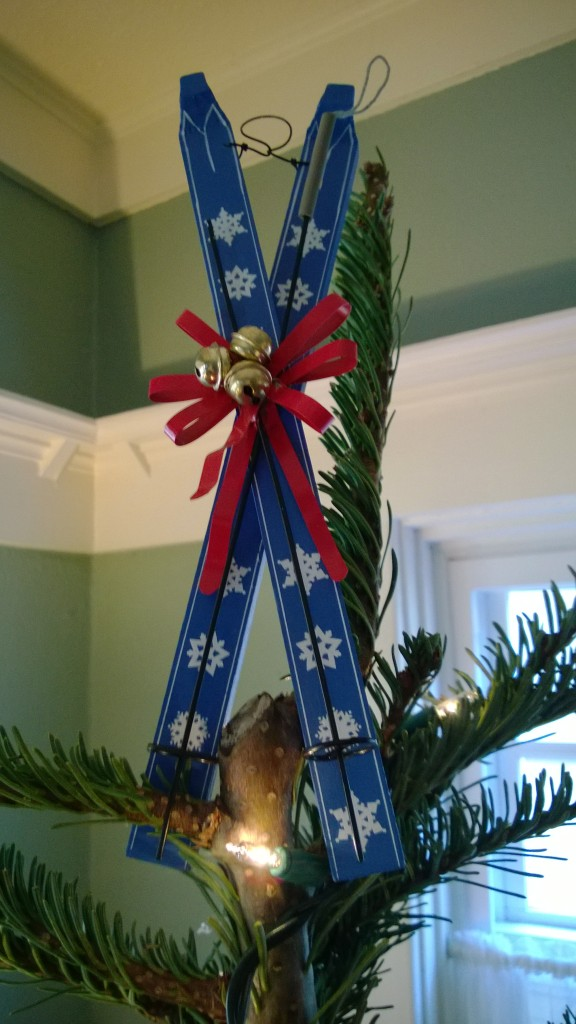 The big skis are our tree topper!