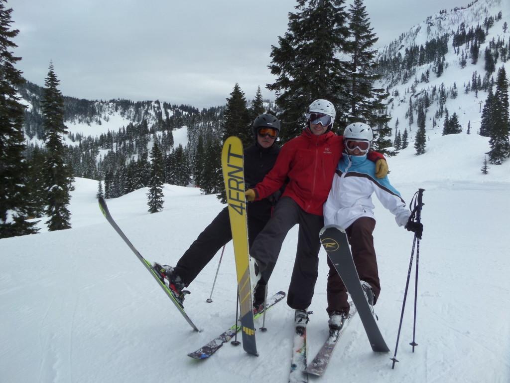 Ski tips up!