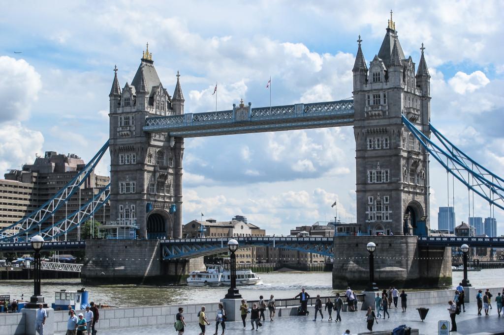 London (36)