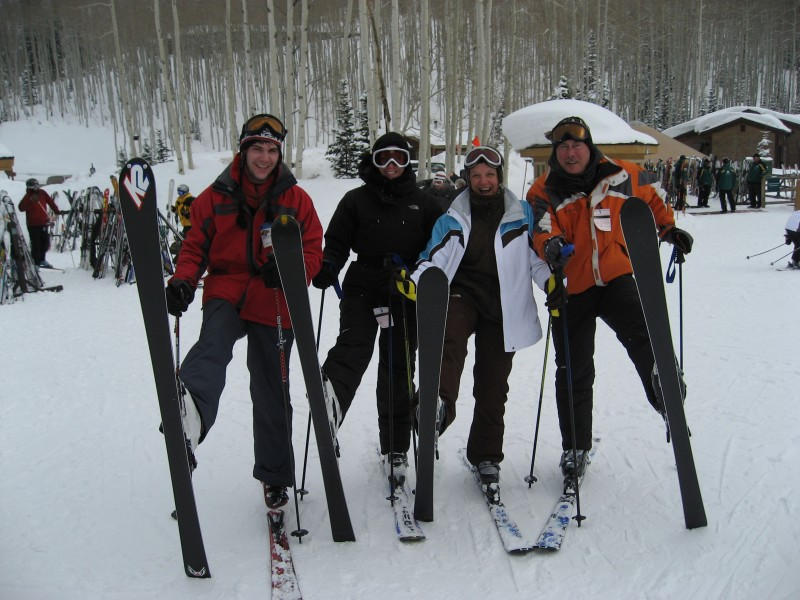 {The family that skis together....}