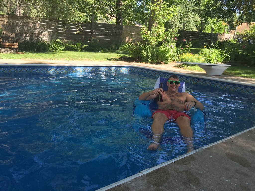 {After our hike we came back to my mom's house for some time in the pool! It was just what we needed - a nice cooldown and relaxation time. My friend Kelsey and her boyfriend Franc joined us later on for dinner.}