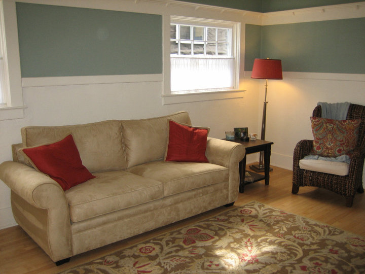 {This was what our living room looked like for the first year we lived here... no coffee table or anything!}