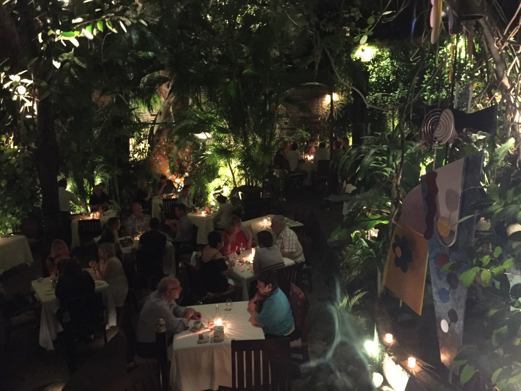 {On our last night in PV we had a final celebratory dinner at Cafe de Artistes. The ambiance of the restaurant was so neat - we were outside in a jungle-like setting. The menu was a Mexican-French fusion. We had a really great last night!}
